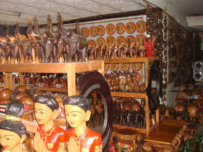 сувениры из дерева,  слоны
